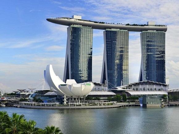 Marina Bay Sands không phải là khách sạch cao nhất thế giới, nhưng giờ đây là một trong những nét đặc trưng của Singapore.