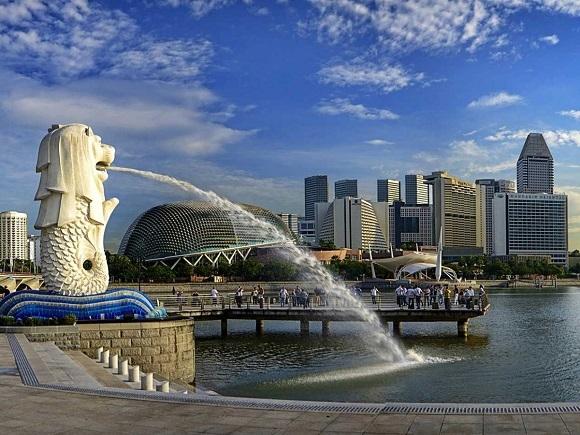 Biểu tượng của Singapore là Hải sư – nửa sư tử, nửa cá.