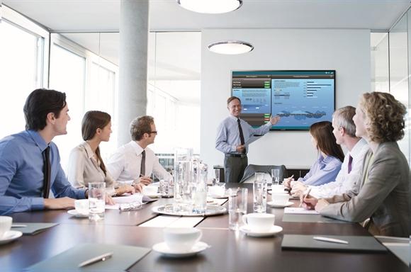 Màn hình SMART Signage giúp không gian phòng họp hiện đại và chuyên nghiệp.