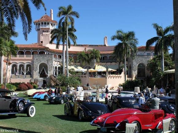 Vào năm 1985, Donald Trump mua lại dinh thự Mar-a-Lago ở Palm Beach với giá 10 triệu USD và biến thành một câu lạc bộ riêng nằm ở phía nam Florida.
