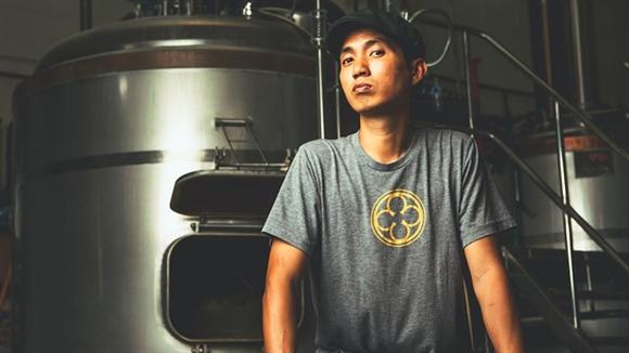 Henry Nguyen: Giao su lam chu xuong bia