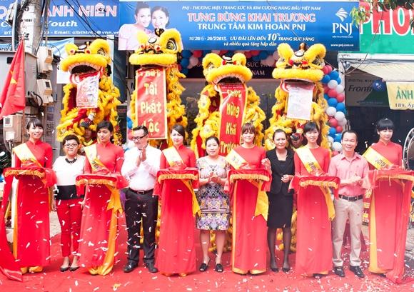 PNJ: Loi nhuan tang manh, vao vong chung ket giai JNA