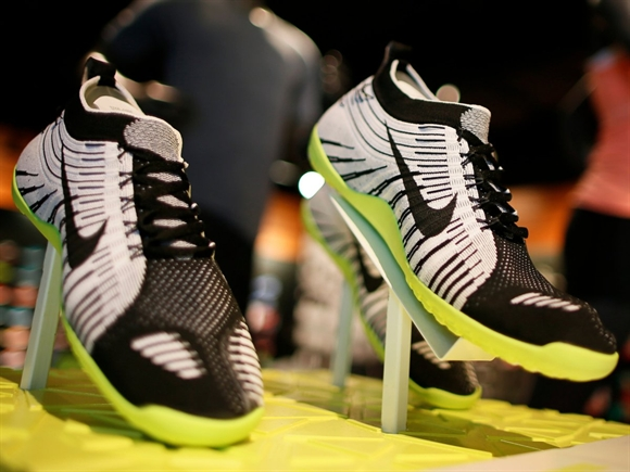 Ty phu Phil Knight tao dung va dua Nike len dinh cao nhu the nao?