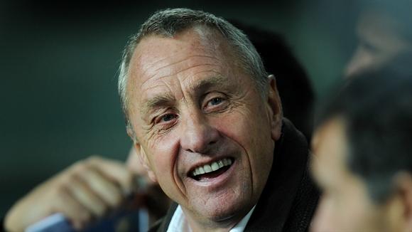 14 bai hoc lanh dao dang suy ngam tu huyen thoai bong da Johan Cruyff