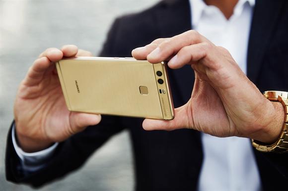 Nho dau Huawei tro thanh hang smartphone lon thu 3 the gioi?