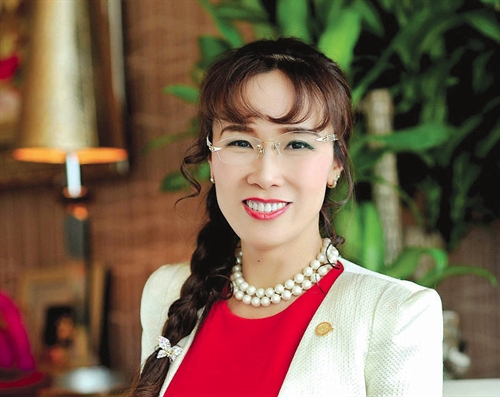 Hang khong Viet Nam chia lai bau troi