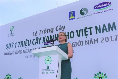 Quy 1 trieu cay xanh cho Viet Nam va Vinamilk trong hon 110.000 cay xanh tai Ba Ria Vung Tau