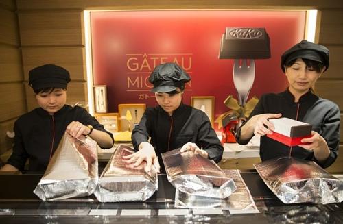 Khach den Nhat Ban thich mua Kit Kat vi la, Nestle phai xay them nha may sau 26 nam