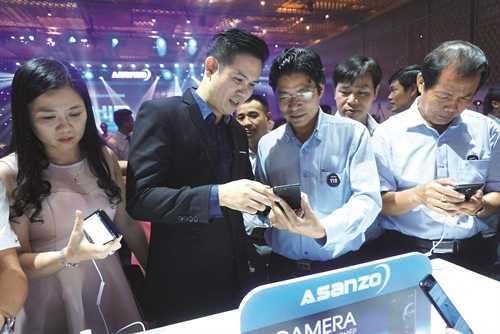 Smartphone Viet Nam don song yeu