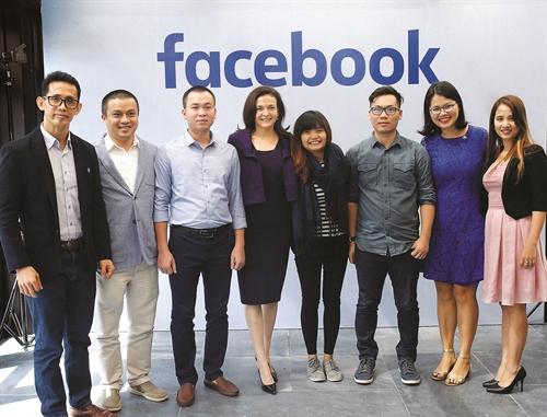 Nhung kich ban Google, Facebook rut khoi Viet Nam