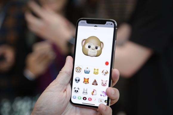 Khi cac hang smartphone phai chay theo thu ma Apple da bi che bai
