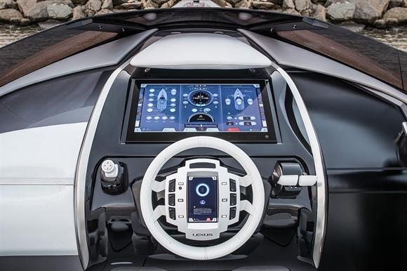 "Lexus Sport Yacht dat giai ""Chiec du thuyen cua nam"