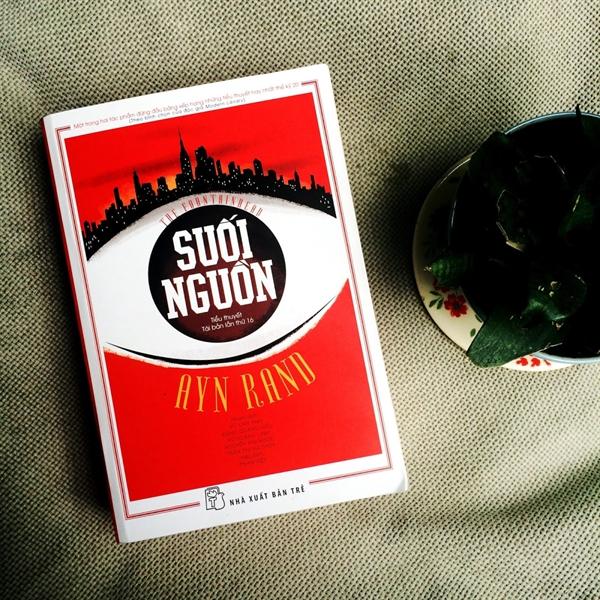 Suoi Nguon: Hai cuc tuyet doi