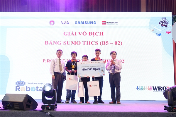 Robotacon WRO 2018: Hoc va hanh thoi 4.0