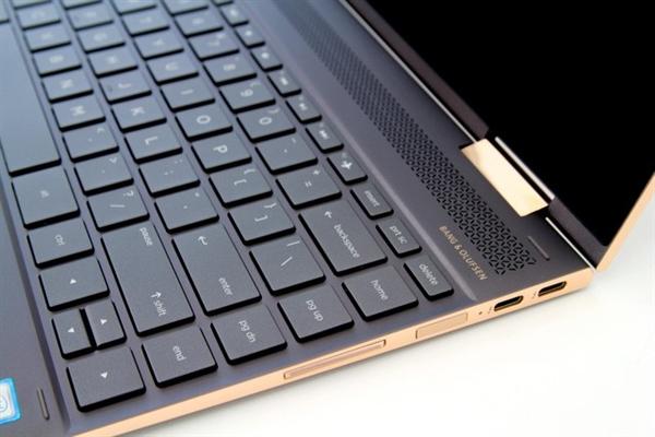 "Laptop ""bien hinh"" HP Spectre x360 cao cap va bao mat danh cho doanh nhan"