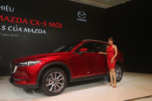 SUV 5 cho Mazda CX-5 moi chinh thuc ra mat tai Viet Nam