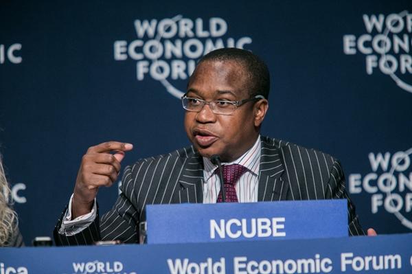 Bộ trưởng Tài chính của Zimbabwe, ông Mthuli Ncube