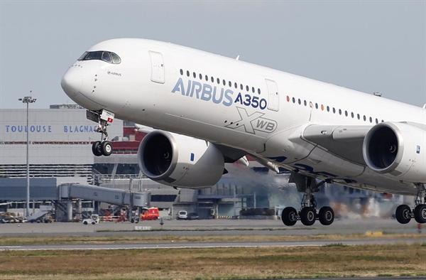 Mỹ sẽ áp mức thuế 10% lên máy bay Airbus sản xuất tại châu Âu. Ảnh: Reuters