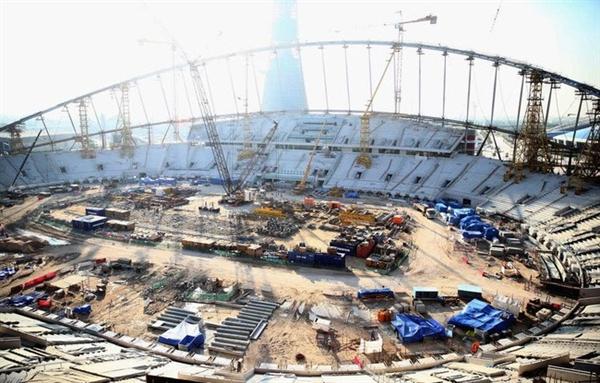 Một trong những sân vận động đang được xây dựng cho World Cup 2022. Ảnh: Getty Images.
