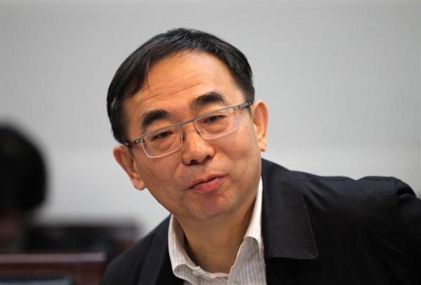 Tỷ phú ngành dược Sun Piaoyang (ảnh) và vợ Zhong Huijuan đứng vị trí thứ 5 trong danh sách những người giàu nhất Trung Quốc. Ảnh: Forbes.