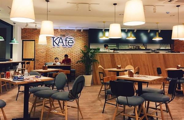 tháng 4/2017, toàn bộ chuỗi cửa hàng cà phê nổi tiếng The KAfe tại Hà Nội và TPHCM cũng đã đóng cửa. Ảnh:
