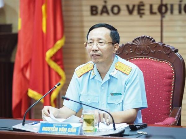 Ông Nguyễn Văn Cẩn, Tổng cục trưởng, Tổng cục Hải quan thông tin về vụ việc. Ảnh: Dantri.vn