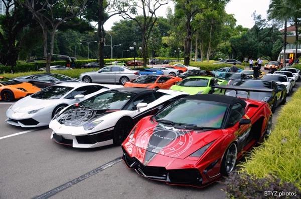Lamborghini là thương hiệu siêu xe được ưa thích nhất tại đảo quốc sư tử. Ảnh: Flickr.