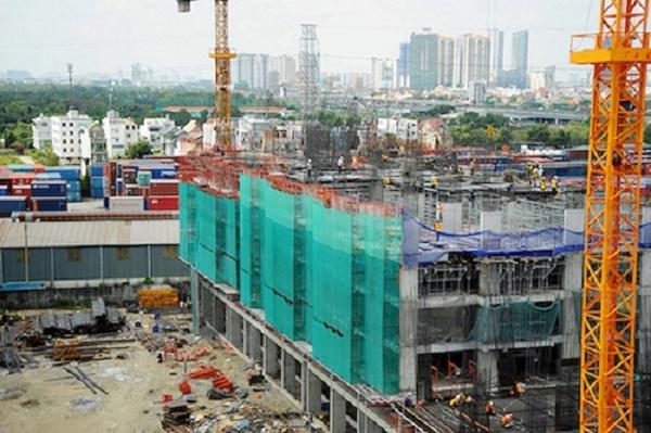 Theo quy định hiện hành, các dự án nhà ở phải hoàn thành hạ tầng, phần móng mới đủ điều kiện mở bán ra thị trường. Ảnh minh họa