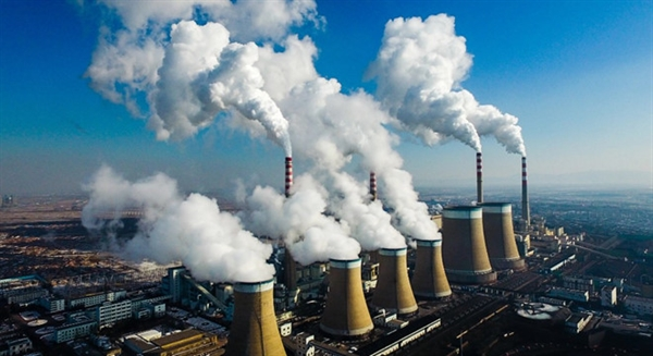 Biến đổi khí hậu sẽ khiến nền kinh tế toàn cầu giảm 3% trong 30 năm tới. Ảnh: