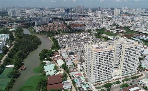 HoREA khuyến nghị giữ nguyên mức giá tối thiểu và tăng 1/3 mức giá tối đa đối với bảng giá đất tại TP.HCM. Ảnh: Danviet.vn