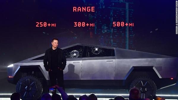 Elon Musk lý giải sự cố vỡ kính trong buổi ra mắt xe bán tải chống đạn Cybertruck