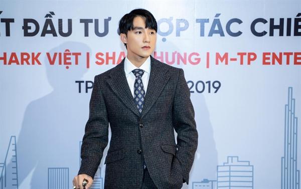 Chủ tịch Nguyễn Thanh Tùng (Sơn Tùng M-TP) của M-TP Entertaiment