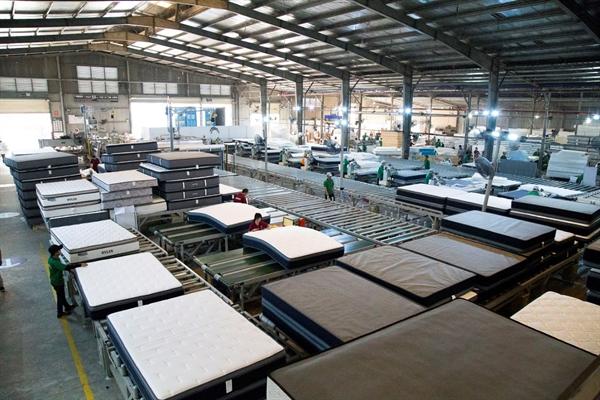 Theo thỏa thuận, nệm Spring Air sẽ được sản xuất tại nhà máy AmericanStar Việt Nam - một trong những nhà máy sản xuất nệm lớn nhất thế giới tại Việt Nam.