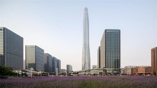 Tòa nhà chọc trời CTF Finance Centre tại Thiên Tân, với chiều cao 535m, là tòa nhà chọc trời cao nhất thế giới được hoàn thành trong năm 2019.