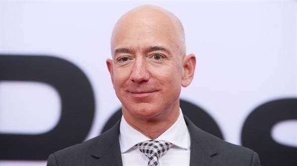Jeff Bezos, Nhà sáng lập kiêm Giám đốc điều hành của Amazon. Ảnh: Nhadautu.