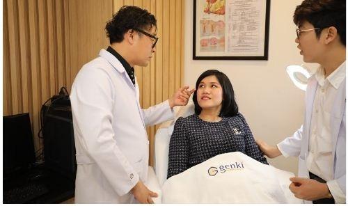 Ngoài việc đảm bảo an toàn cho các khách hàng trong suốt quá trình trị liệu bằng thiết bị tiên tiến, Genki Derma còn quan tâm đặc biệt đến dịch vụ chăm sóc khách hàng.