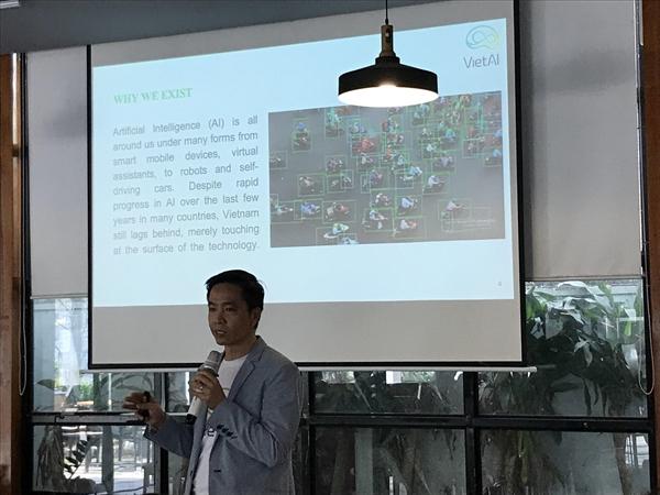 Ông Tú Nguyễn, Giám đốc điều hànhVietAI Community