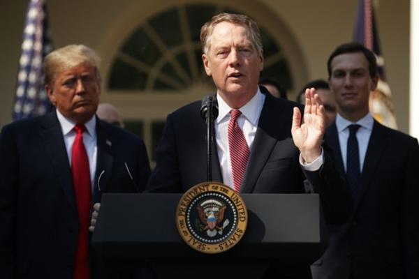 Đại diện thương mại Mỹ Robert Lighthizer cho biết Mỹ sẽ không giảm thuế quan cho Trung Quốc cho đến thỏa thuận giai đoạn 2. (Ảnh: Getty Images)