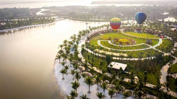 Hình ảnh Khinh khí cầu chụp từ Vinhomes Grand Park