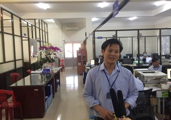 """Ông Dương Thanh Vân cho biết, khả năng giá đất tại xã Bình Ba liên tục tăng không loại trừ một số đối tượng đầu cơ, tự tăng """"giá ảo""""  để tìm lợi nhuận. Ảnh: nguoiduatin.vn"""