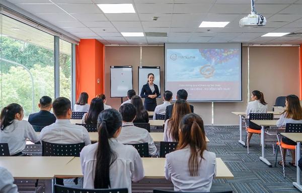 Hanwha Life Việt Nam không ngừng nâng cao chất lượng đào tạo cho đội ngũ tư vấn.