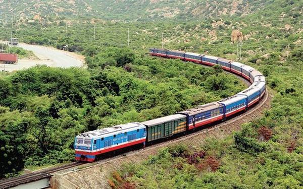 Tháng 3-2020, đường sắt Việt Nam có nguy cơ ngưng chạy tàu. Nguồn: TTXVN