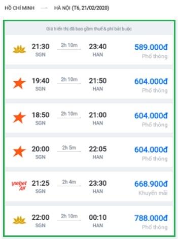 Giá vé máy bay đồng loạt giảm mạnh. Ảnh: VH.