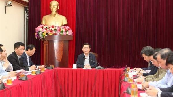 Bộ trưởng Nguyễn Văn Thể chủ trì buổi làm việc về ảnh hưởng của dịch Covid-19 đến các lĩnh vực vận tải (Ảnh: baogiaothong.vn)