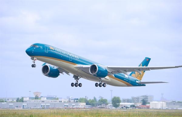 Trục Hà Nội - TP.HCM khai thác 28 chuyến bay từ ngày mai. Ảnh: TTXVN