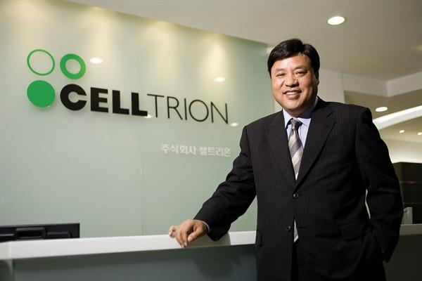 Seo Jung-jin, giá trị tài sản: 8,4 tỉ USD, tăng 22%. Ảnh: Nikkei.