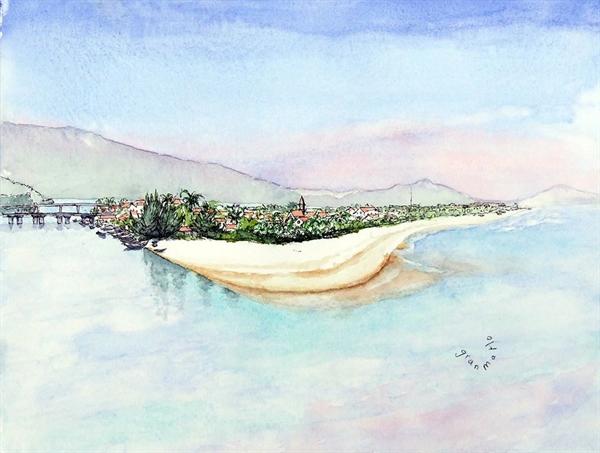 Bãi biển Lăng Cô cũng là địa điểm du lịch hút khách ở Huế. Nơi đây rất yên bình, thoáng mát và để lại nhiều dấu ấn tốt đẹp với ông Louis.