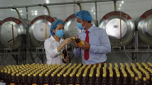 Các sản phẩm mật ong và sản phẩm dinh dưỡng từ con ong của Xuân Nguyên luôn bảo đảm chất lượng, truy xuất được nguồn gốc và có giá bán hợp lý.