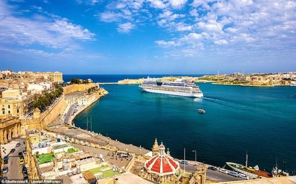 """Trang web Visitmaltata.com đã công bố đây là một trong những cảng biển có tầm nhìn ngoạn mục nhất thế giới, """"một nơi hấp dẫn du lịch trong 2.000 năm""""."""