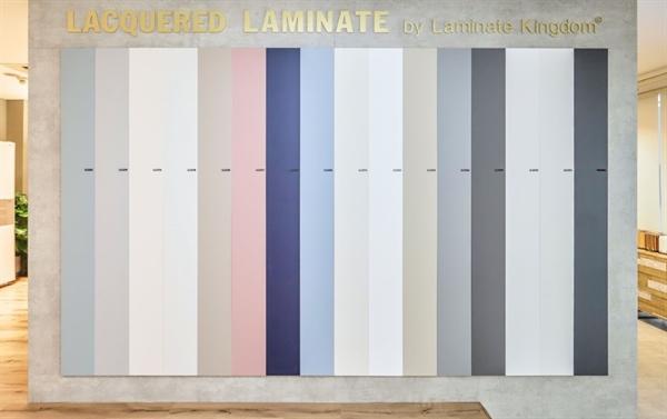 Vách mẫu dòng sản phẩm mới Lacquered Laminate